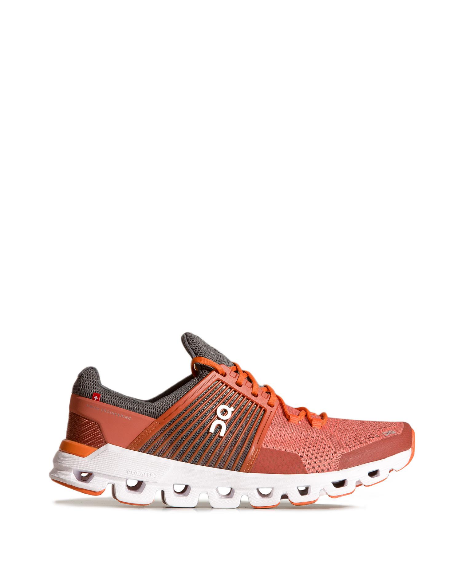 Levně Běžecké boty On Running CLOUDSWIFT MAN